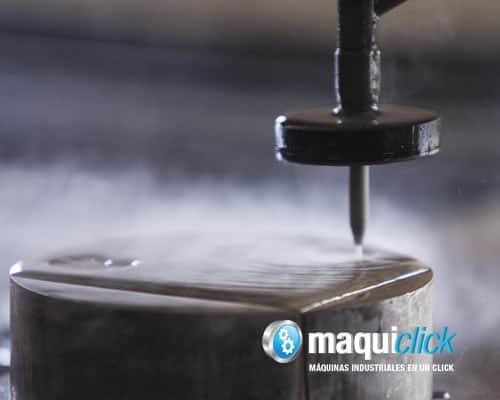Maquina de corte por agua